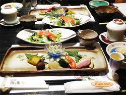 15夕食@旅館・四つ葉
