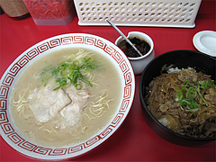 料理:肉飯セット500円(特製豚丼とラーメン)@長浜大将・長浜ラーメン街