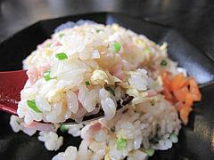 料理:半チャーハンアップ@ラーメンく〜た半道橋店・博多区