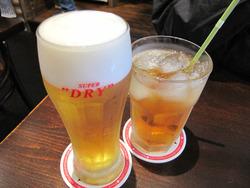 8ビールとアップルジュース@ワッツカフェ