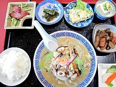 料理:日替セット650円@白頭山・福岡店