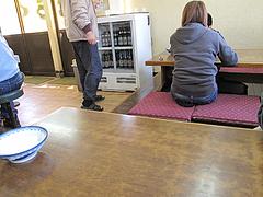 4店内:小上がり@博多ラーメン・しばらく ・福重店
