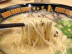 13ラー麦麺カタ@三氣・姪浜大通り福重