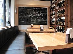 6店内:テーブル席@イタリアン・カンティーナ・ガシーヨ