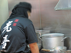 店内:厨房@つけ麺・麺屋・光喜・福岡
