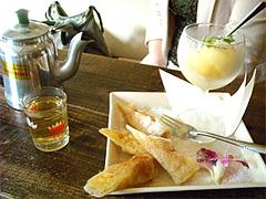 りんごとさつまいもの揚げ春巻き500円@ベトナム料理ゴンゴン・福岡市中央区平尾
