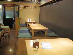 店内:テーブル席@ごはんや・たね田・白金