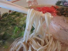 料理:ラーメンの麺・カタ@ラーメン博多王道・福岡