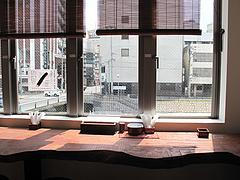 店内:カウンター中州側@ちょんまげ侍・博多川端商店街