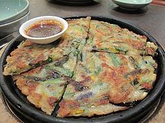 18夜:海鮮チヂミ730円@焼肉スタミナ亭・清川