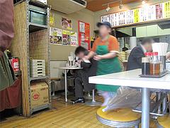 店内:テーブル席@名代ラーメン亭・長浜
