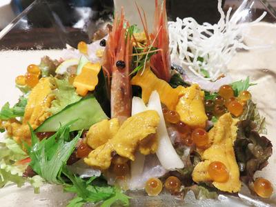 7海鮮サラダ