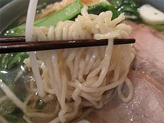 料理:醤油ヌードルの卵麺@タイ料理オシャ・大橋
