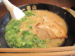 料理:ラーメン390円@ごちそうラーメン一番山・大橋本店