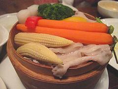 居酒屋:季節野菜と豚のせいろ蒸しアップ@居心地屋レオン・薬院・居酒屋