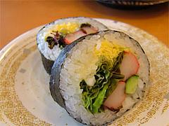 回転寿司『市場ずし魚辰』レタス巻き105円@福岡・長浜・市場会館