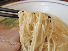 ランチ:濃厚とんこつラーメン麺@ラーメン・かなで食堂・春日