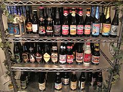 3店内:ベルギービール@ベースキャンプ・薬膳カレー・大名