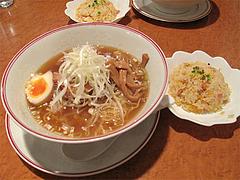 料理:ランチ麺はミニチャーハン付700円@張子房・警固