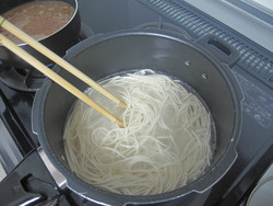 3麺ゆでる@熊本ラーメンうまか軒