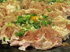 11料理:一番人気の肉玉+魚粉たっぷり@お好み焼ふきや・福ビル地下