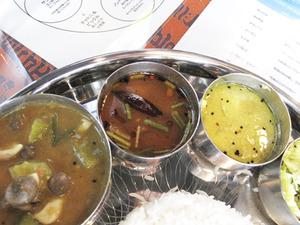 10スープ系のカレー@南インド料理カーラ
