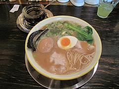ランチ:醤油とんこつ600円+煮玉子@@久留米大砲ラーメン・天神今泉店