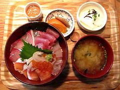 ランチ:魚男丼(胡麻ダレ)980円@博多炉端・魚男(フィッシュマン)・今泉・天神