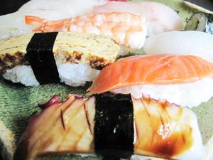 17まんぷく寿司アップ2@丸万食堂