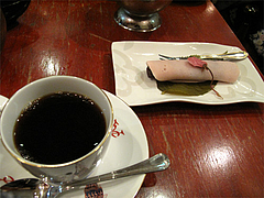 料理:桜もちセット550円@菊竹珈琲堂