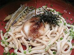 料理:おろしぶっかけうどんのつゆ@中世博多うどん春月庵・承天寺前店
