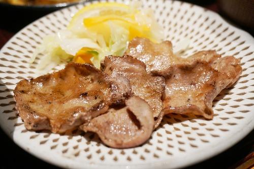 【福岡】ヒレかつ煮と牛たん麦とろろ定食♪@うまや イオンモール筑紫野店