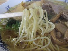 7ランチ:豚角煮ラーメン麺@黄金福ワンタンまくり・西長住店