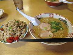 7ランチ:ラーメン+半やきめし650円@白龍食堂・那珂川
