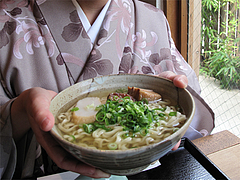 料理:沖縄そばの大きさ@結の懸け橋・平尾