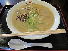 料理:豚骨ラーメン580円@とまと家・博多区綱場町