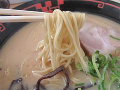 料理:豚骨醤油ラーメン麺カタ@ラー麦や・ラーメン