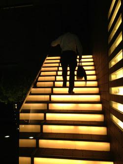 1階段@サロン・ア・ディネ・ガルリ