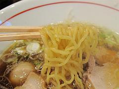 料理:しょうゆらーめん麺@とうや味・中州