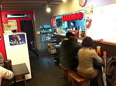 3店内:カウンター・テーブル@拉麺帝国本店・サンセルコ・ラーメン