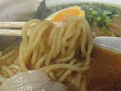 7おいしいチャーシューらーめん味噌麹麺@烏骨鶏ラーメン麹屋