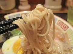 料理:ラーメン麺@久留米大砲ラーメン天神今泉店