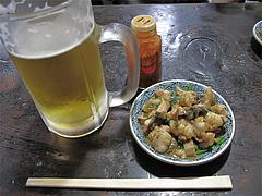 料理:生ビともつ焼き400円@くらり庵