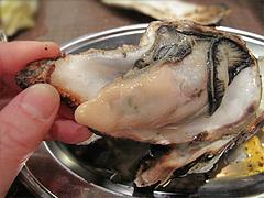 9料理:焼きがき@牡蠣やまと・鉄板居酒屋・赤坂・料理:生ビール@牡蠣やまと・鉄板居酒屋・赤坂・オイスターバー
