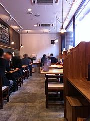 2店内@日の出食堂