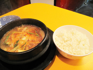 7味噌チゲライス付780円@チェおばさんのキムチ