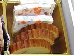 料理:伊達巻・ポークテリーヌ@2011セントラルホテル福岡お節(おせち)・二の重