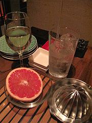 料理:白ワインと生絞り酎ハイ@ウォーターダイニング蔵音・博多駅東