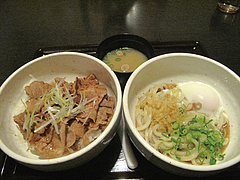 7ランチ:帯広名物豚丼と釜玉うどん390円@居酒屋しょうき・大橋店