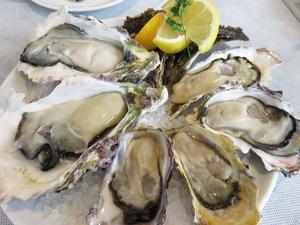 7岩牡蠣と真牡蠣6個セット@オイスタールーム